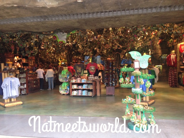 rainforest cafe retail entrance